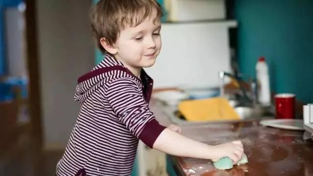 哈佛惊人发现:孩子做不做家务对今后人生影响巨大!