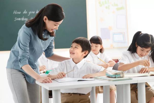 关于给孩子报暑期培训班这件事,这4个原则需要把握