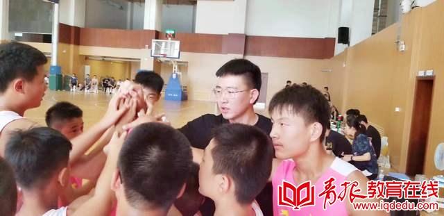 付出铸就成功,汗水凝聚实力 西韩小学夺得省中小学生篮球比赛冠军