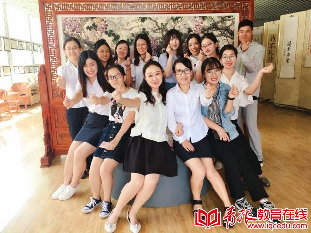 水润桃李,霖泽芝兰 崂山育才学校庆祝教师节