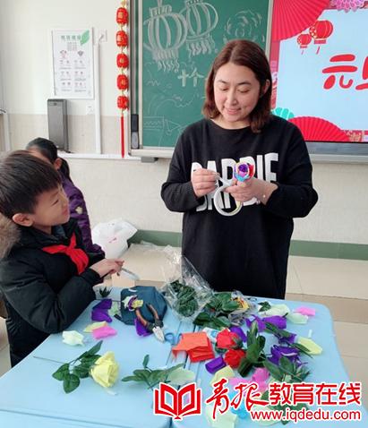 """嘉峪关学校二年级四班迎新春:""""巧手纸艺""""开花啦"""