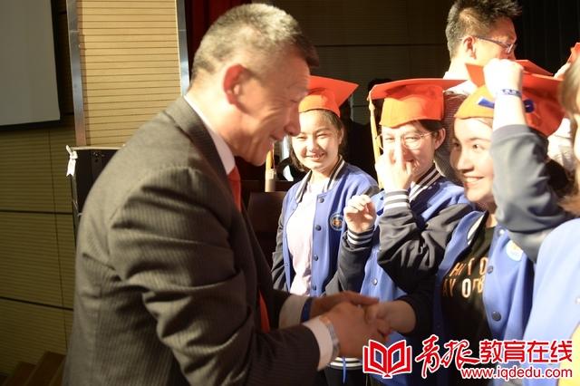 66中学子高考前夕的成人礼:知感恩、担责任、追梦想