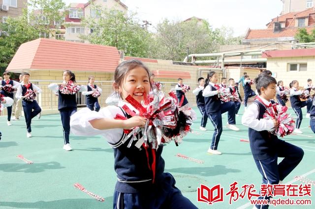 """""""绳彩飞扬""""跳出健康 市南区""""十个一""""项目推进会在莱芜一路小学举行"""