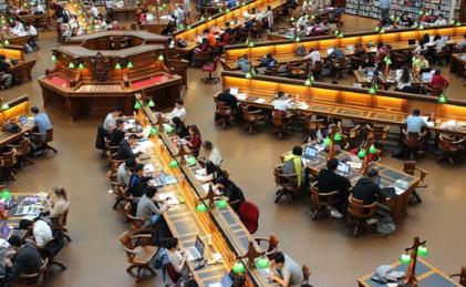 教育部谈2019年第1号留学预警:尽管经贸摩擦 美高校对中国留学生是欢迎的