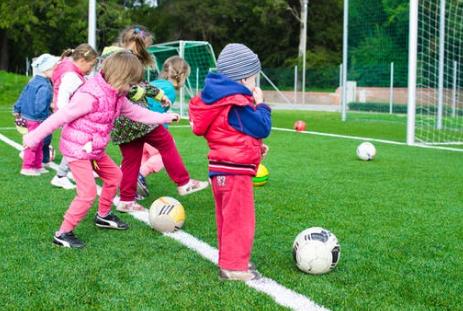 校园足球将开启升级版 打造中国特色足球青训体系