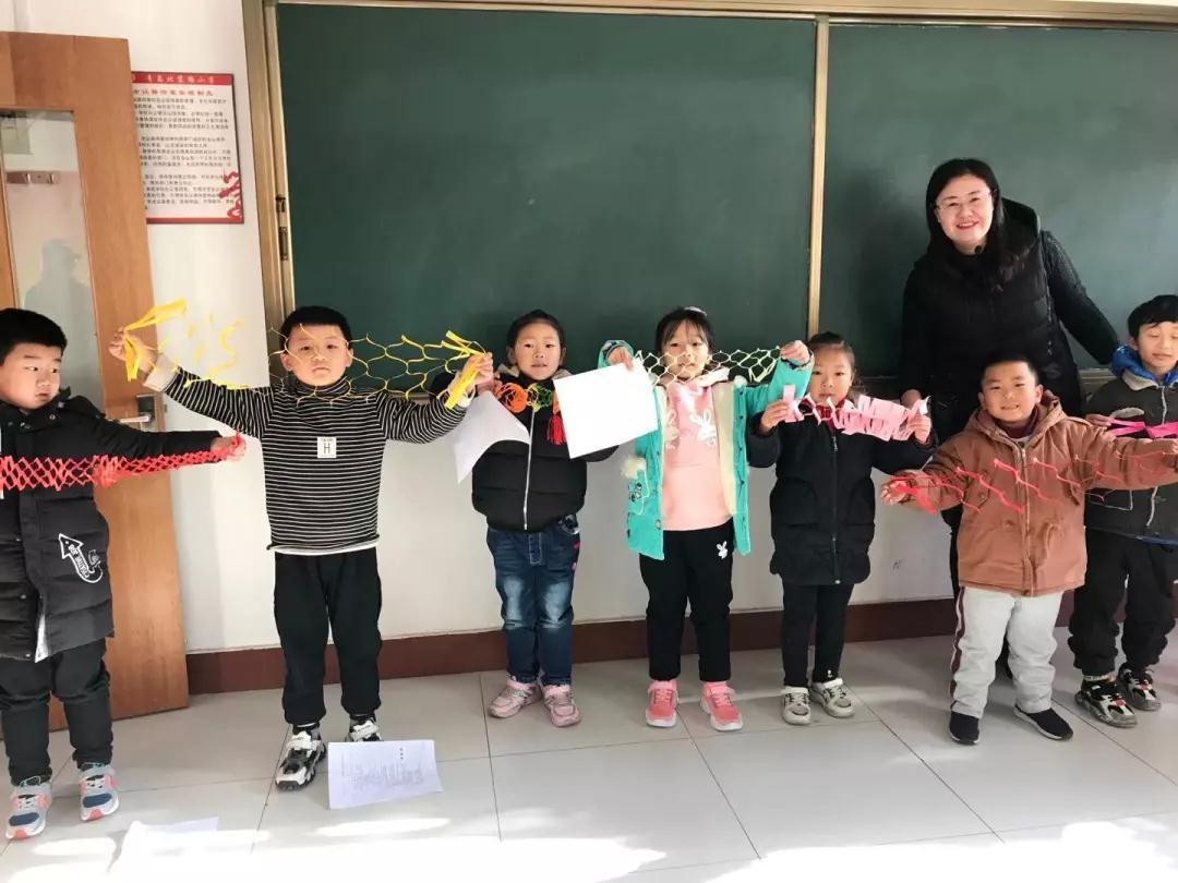 """北京路小学元旦活动:践行""""十个一""""  欢乐迎新年"""