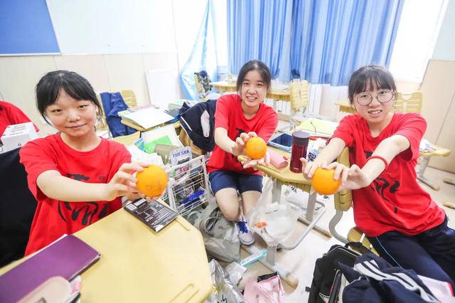 最后一课难说再见 青岛3.7万高三学生将走上考场