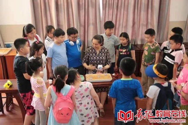 """青岛旅游学校:职业教育授人以渔,线上线下成就""""最适合""""的你"""