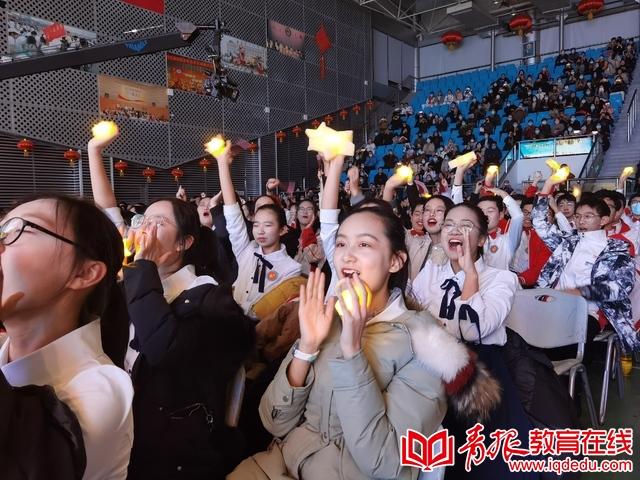 青岛五十八中合唱节,唱响似锦年华 铸就青春梦想