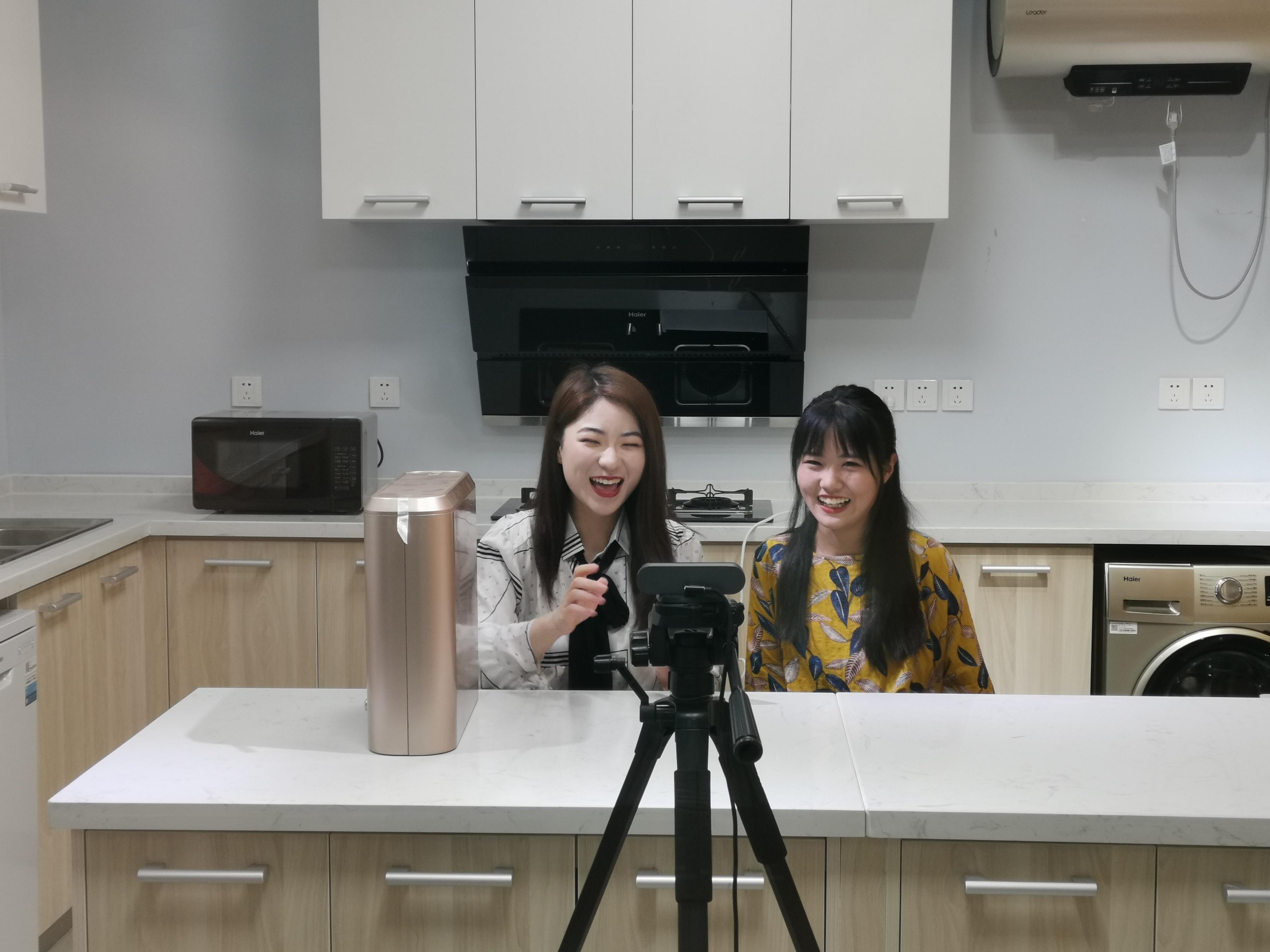直播带货,短视频制作……青岛城校电商专业现在这么学!
