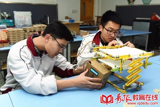 青岛十七中:理工课程火力全开,带你见证卓越工程师的成长